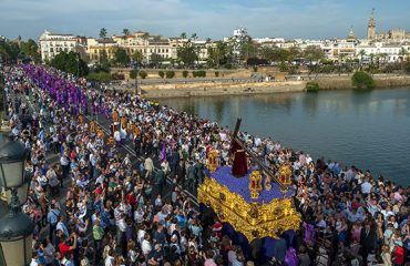 Consejos de seguridad en las aglomeraciones de Semana Santa